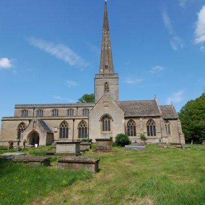 LIBRARY Kidington St Marys Church May 2015